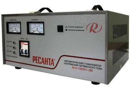 Какой стабилизатор напряжения лучше: электромеханический или релейный